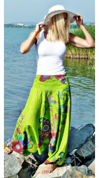 pamut, aladdin, nadrág, kiwi, zöld, színes, virágos, divat, trend, bő, szárú, kényelmes, egyedi, extravagáns, Nepál