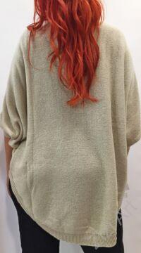 világos, bézs, kötött, pulóver, hosszú, pitypang, virágos, pulcsi, háromnegyedes, ujjú, kerek, nyakú