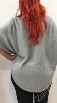 világos, szürke, kék, fekete, kötött, pulóver, hosszú, pitypang, virágos, pulcsi, háromnegyedes, ujjú, kerek, nyakú