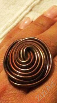 színes, ezüst, kék, bronz, barna, gyűrű, fém, alumínium, női, kiegészítő, csavart, divat, trend, bohém, extravagáns, egyedi, kézműves termék
