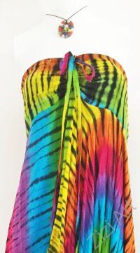 hosszú, cikk-cakk, ruha, színes, szivárvány, batikolt, pánt nélküli, vidám, bohém, hippi, laza, női, divat, trend